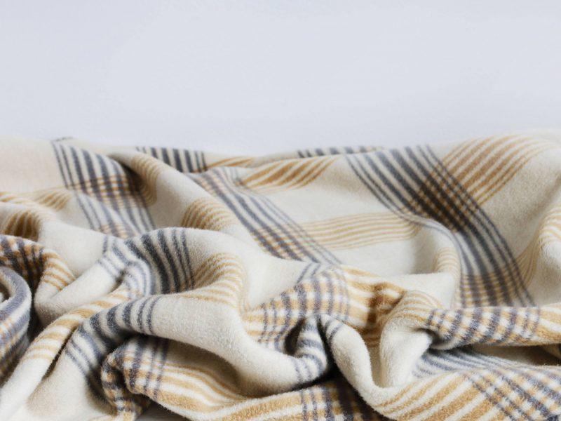 Couverture lestée : une astuce pour mieux dormir ?